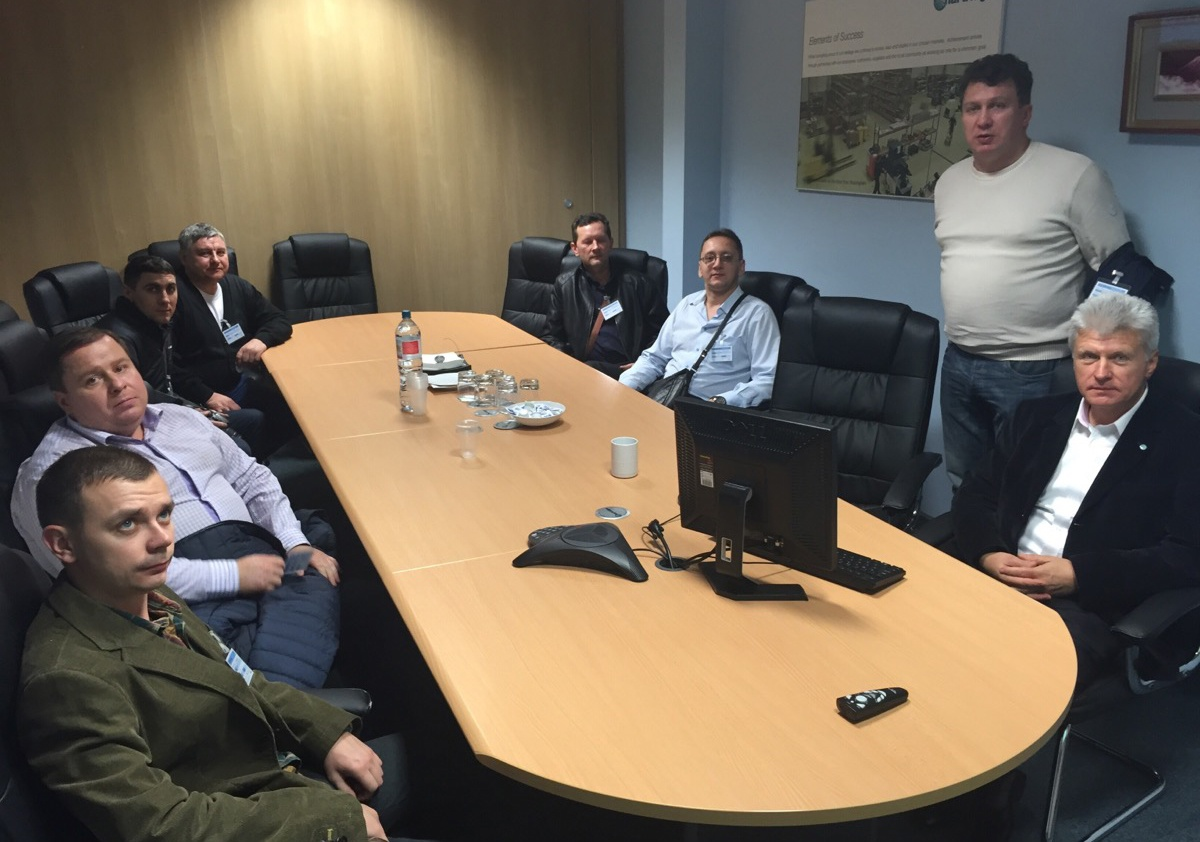 Russian_visitors_discussing_business_at_Hartridge.jpg